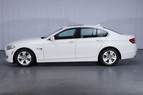BMW 5 Series AWD 528i xDrive 2012