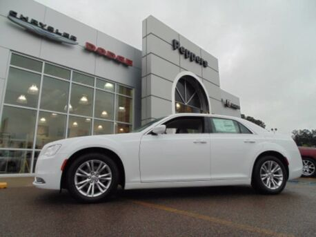2017 Chrysler 300 Limited Paris TN