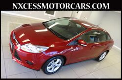 2013 Ford Focus SE AUTOMATIC ALLOY WHEELS CLEAN CARFAX. Houston TX