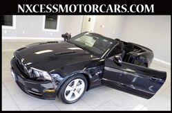 2013 Ford Mustang GT CONVERTIBLE 1-ONWER CLEAN CARFAX. Houston TX
