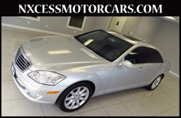 Mercedes-Benz S-Class S550 PREMIUM CLEAN CARFAX LOW MILES. 2007