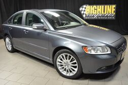 Volvo S40 2.4L w/Sunroof 2009