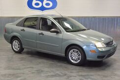 2005 Ford Focus SE LOADED 35 MPG! LOW MILES! COLD A/C! LIKE NEW! Norman OK