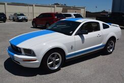 2006 Ford Mustang PEARL WHITE W BLUE RACE STRIPES! Norman OK