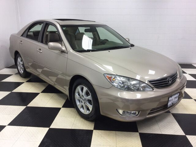 2006 toyota camry le v6 low miles excellent condition roof. Black Bedroom Furniture Sets. Home Design Ideas