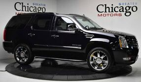 Cadillac Escalade Luxury Super Clean Inside out Loaded W/ Options 2011