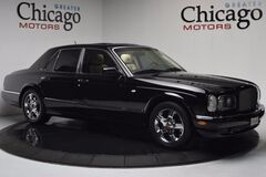 2003 Bentley Arnage R Carfax Certified Very Low Miles Local Trade in Chicago IL