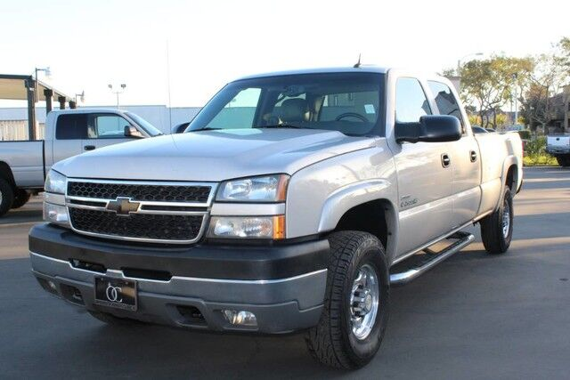 2005 chevrolet silverado 2500hd lly 6 6l duramax diesel 4x4 crew lb ca truck santa ana ca 17472218. Black Bedroom Furniture Sets. Home Design Ideas