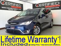 Chrysler Pacifica V6 TOURING-L NAVIGATION LEATHER HEATED SEATS CAPTAIN CHAIRS REAR CAMERA 2017