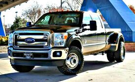 Ford Super Duty F-350 DRW Lariat 2014