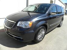 2014 Chrysler Town & Country Touring-L Bedford TX