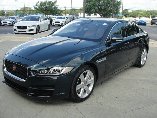 2017 jaguar xe 25t first test review redefining the. Black Bedroom Furniture Sets. Home Design Ideas