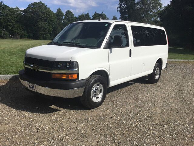 2016 Chevrolet Express Passenger LT New Canaan CT
