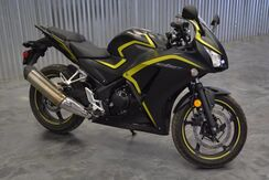 2015 No Make No Model CBR! LIMITED EDT. COLOR! BLACK N' YELLOW! ONLY 717 MILES! Norman OK
