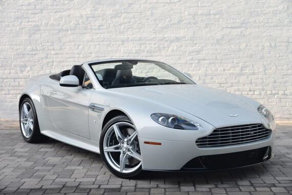 2016 Aston Martin V8 GTS Roadster Lux Edition 2dr Convertible Beverly Hills CA