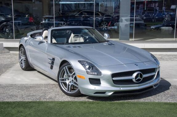 2012 Mercedes-Benz SLS AMG Roadster 2dr Convertible Beverly Hills CA