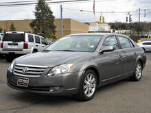 2005 Toyota Avalon Limited Wallingford CT