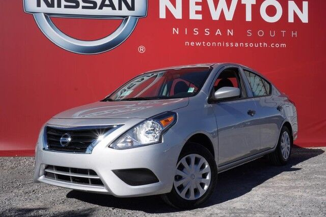 2017 nissan versa s plus shelbyville tn 16042136. Black Bedroom Furniture Sets. Home Design Ideas