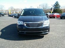 2014 Chrysler Town & Country Touring Sewell NJ