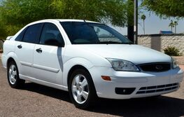 Ford Focus 4DR SDN ZX4 S 2005