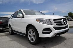 New mercedes benz gle350w coral gables fl for Mercedes benz coral gables fl