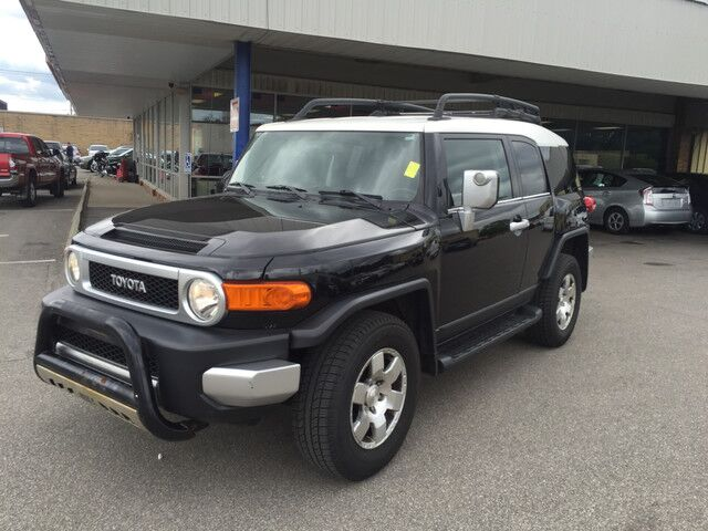 2007 Toyota FJ Cruiser 4WD Cleveland OH