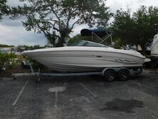 SeaRay 240 Select Boat 2005