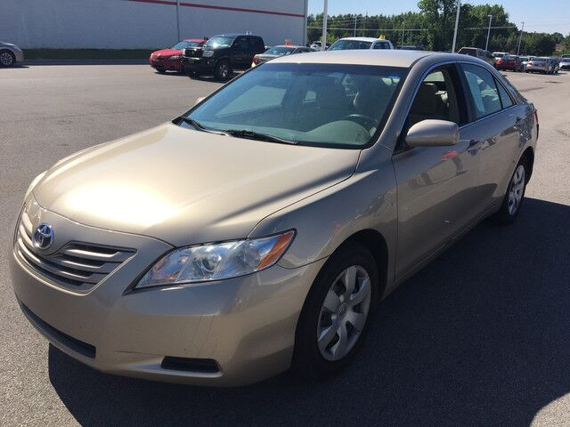 2007 toyota camry le decatur al 18522558. Black Bedroom Furniture Sets. Home Design Ideas