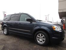 2009 Chrysler Town & Country Touring Chicago IL