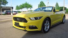Ford Mustang V6 Convertible 2015