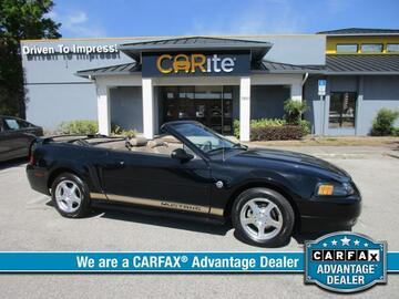 2004 Ford Mustang 2dr Conv Deluxe Michigan MI