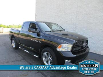 2011 Ram 1500 4WD Quad Cab 140.5 Laramie Michigan MI