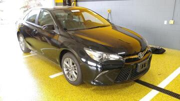 Toyota Camry 4dr Sdn I4 Auto LE (Natl) 2016