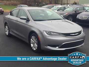 2016 Chrysler 200 4dr Sdn Limited FWD Michigan MI