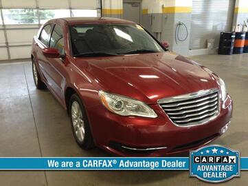 2013 Chrysler 200 4dr Sdn LX Michigan MI