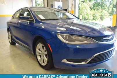 2015 Chrysler 200 4dr Sdn Limited FWD Michigan MI
