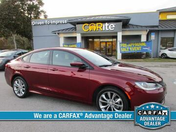 2015 Chrysler 200 4dr Sdn S FWD Michigan MI