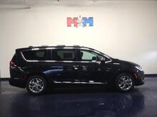 2017 Chrysler Pacifica Limited FWD Christiansburg VA