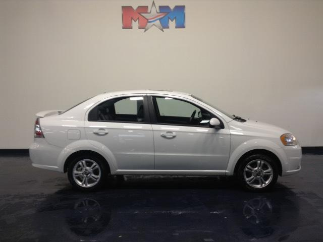 2011 chevrolet aveo 4dr sdn lt w 2lt christiansburg va. Black Bedroom Furniture Sets. Home Design Ideas
