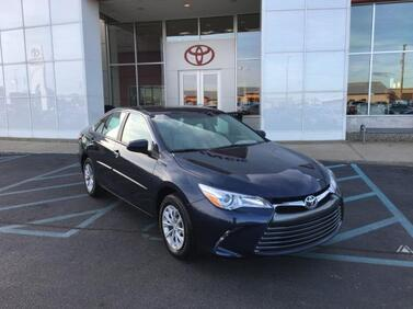 2017 Toyota Camry LE Automatic (Natl) Muncie IN