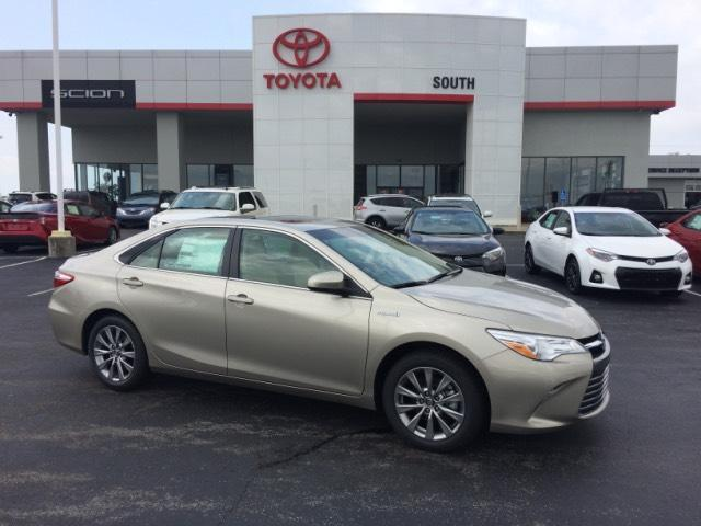 2017 toyota camry hybrid xle richmond and serving lexington 13992179. Black Bedroom Furniture Sets. Home Design Ideas