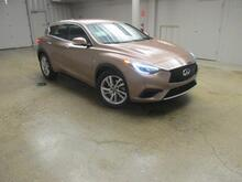 2017 INFINITI QX30 Base FWD Madison WI
