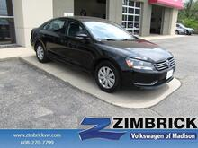 2013 Volkswagen Passat 4dr Sdn 2.5L Manual S PZEV Madison WI