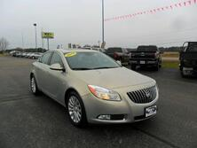 Buick Regal CXL 4dr Sedan w/RL5 2011
