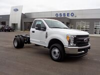 FORD F-350 4X4 CHASSIS CAB DRW/ 2017