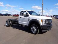 2017 FORD F-550 4X4 CHASSIS CAB DRW/ Osseo WI