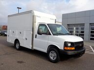2016 CHEVROLET EXPRESS 12' Osseo WI