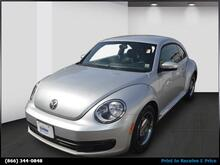 2012 Volkswagen Beetle 2dr Cpe Auto 2.5L PZEV Brooklyn NY