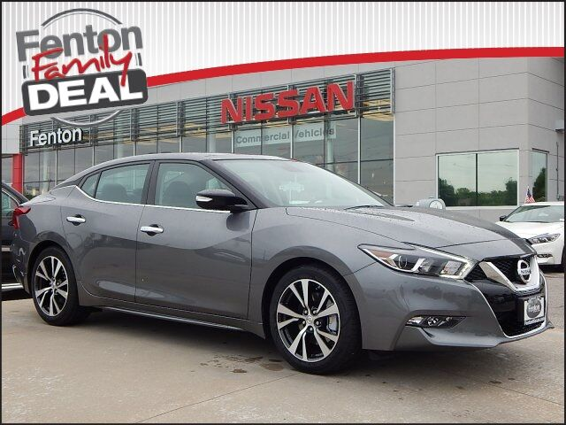 2017 nissan maxima platinum lees summit mo 14247604. Black Bedroom Furniture Sets. Home Design Ideas