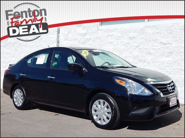 2016 nissan versa 1 6 sv lees summit mo 13856325. Black Bedroom Furniture Sets. Home Design Ideas
